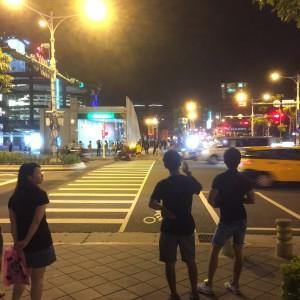 歩いて数分 - 台湾台北 中山 ゲストハウスmimi -